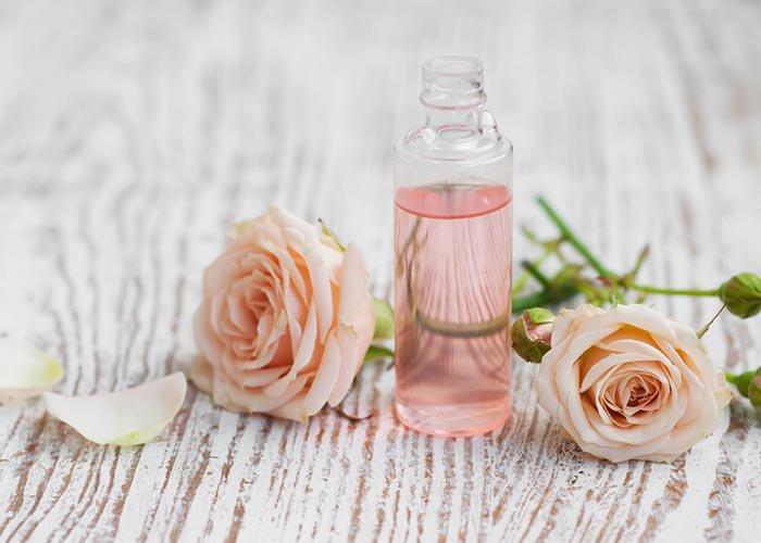 Gợi ý 4 cách làm dùng hoa hồng chăm sóc da và chống lão hóa từng ngày