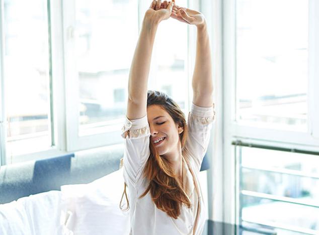 6 cách đơn giản giúp bạn tỉnh táo khi thức dậy vào buổi sáng sớm, xóa tan mệt mỏi